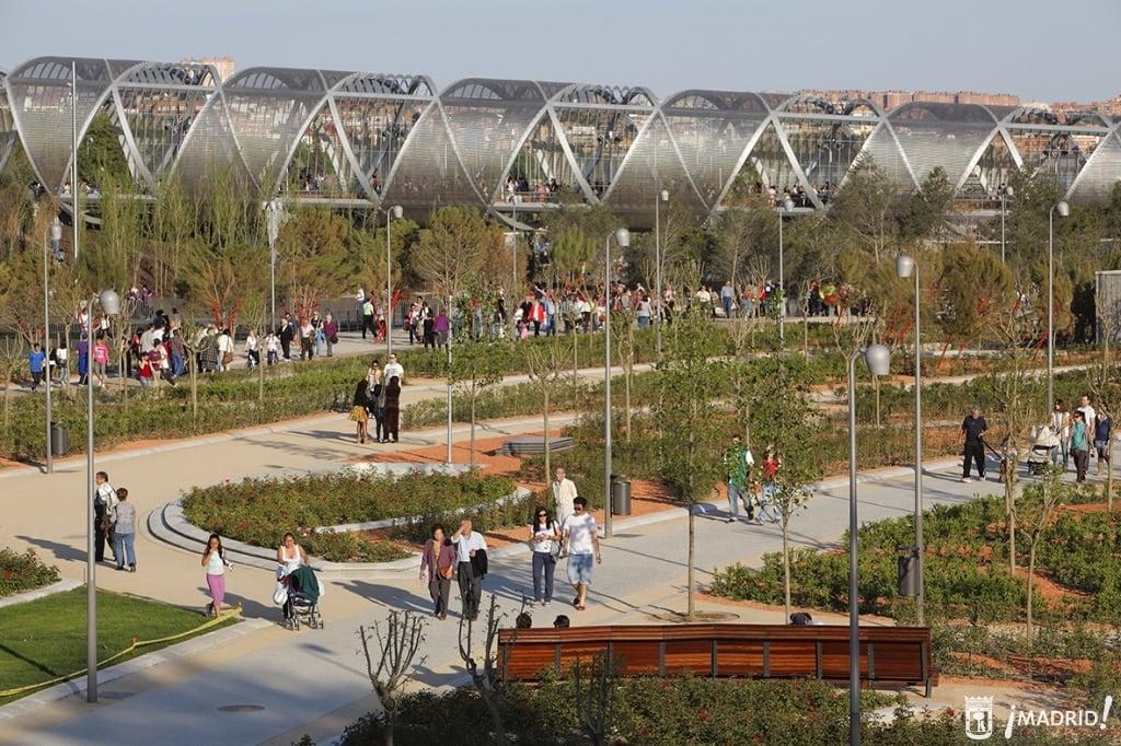 Le parc de Madrid Río à vélo