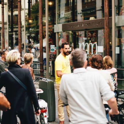Descoperă Madridul pe bicicletă - tururi ghidate pe biciclete moderne în Madrid