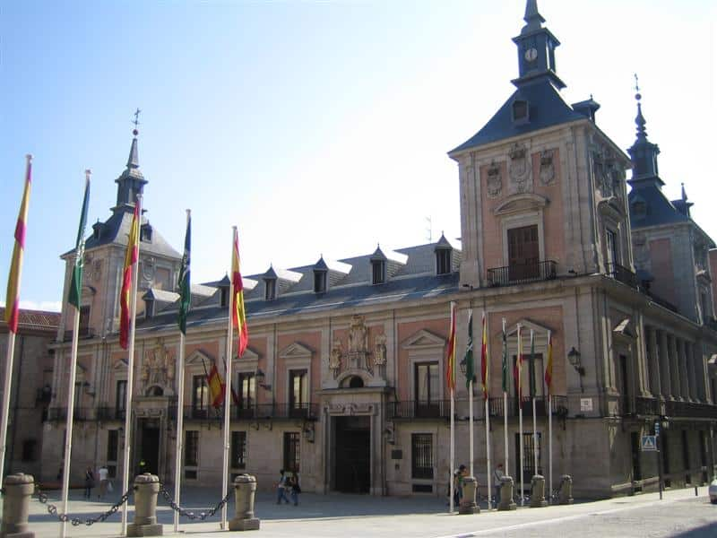 Plaza de la Villa - The heart of medieval Madrid