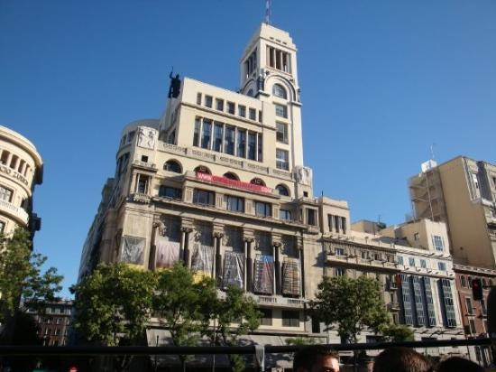 Círculo de Bellas Artes - Изкуство в Мадрид с велосипед