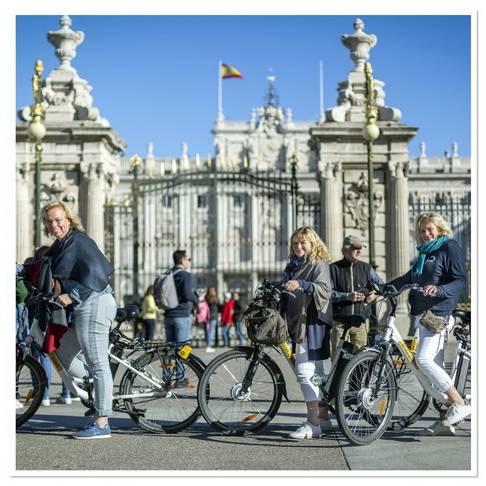 Trixi.com - Tour de la mosaïque madrilène